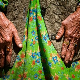 The hands of the old women of Garam Chashma